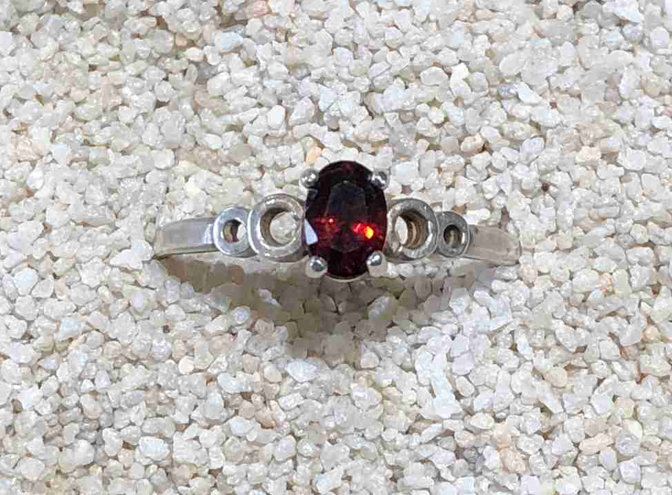 Idaho-Garnet-Ring