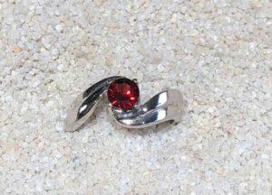14kWhiteGold-Garnet-Ring