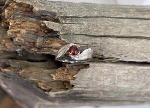 14K-Idaho-Garnet-Ring