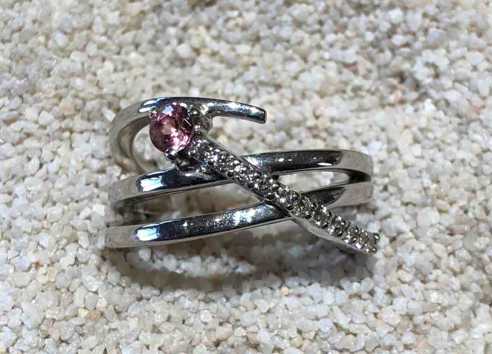 Pink-Montana-Sapphire-ring
