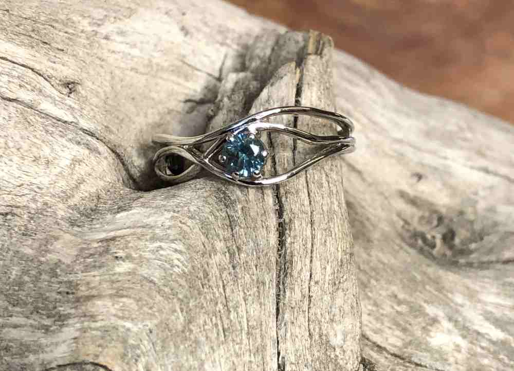 Montana-Sapphire-Bubble-Ring