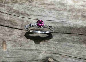 twisted-garnet-ring