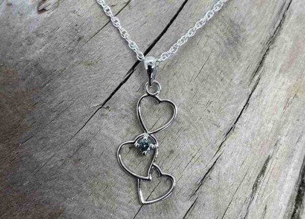 First-Love-Sapphire-Pendant