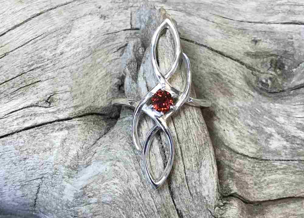 Idaho-Garnet-Shield-Ring