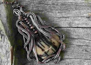 Wire-wrapped-peanut-wood