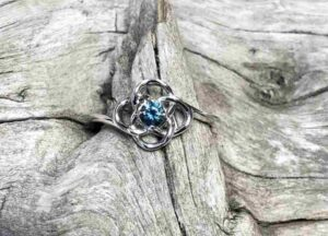 Knotted-Montana-Sapphire-Ring