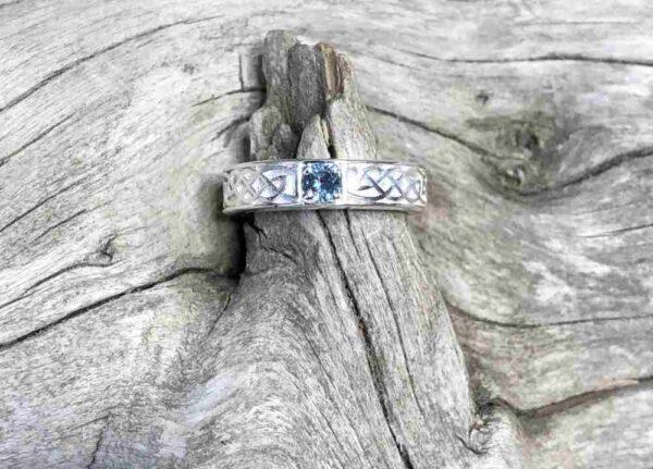 Montana-Sapphire-Celtic-Ring