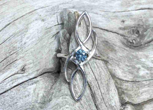 Montana-Sapphire-Shield-Ring